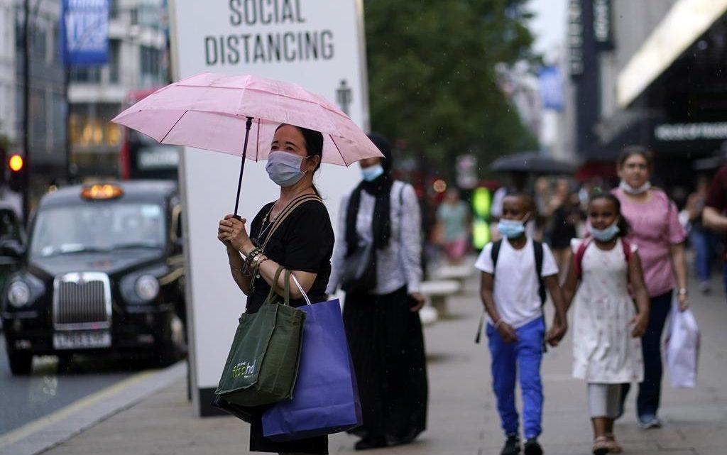 Reino Unido com quase 36 mil novas infeções num dia