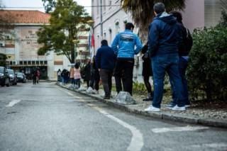 CORONAVÍRUS: Centenas quiseram dar sangue em Lisboa. Espera chegou às cinco horas