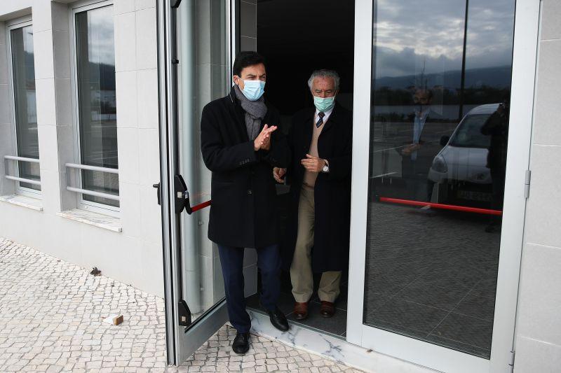"""Tiago Mayan diz que hospital fechado em Miranda do Corvo é """"surreal"""""""