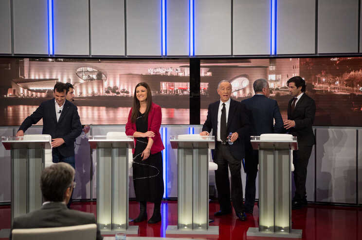 Debates entre candidatos arrancam hoje e só devem terminar no dia 22