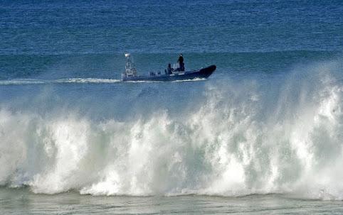 Dois praticantes de surf espanhóis resgatados na Ribeira Grande