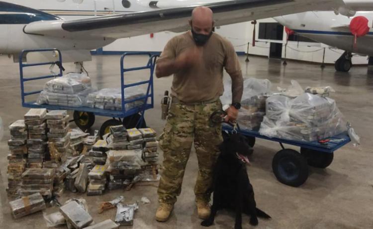 Brasil: Apreendida meia tonelada de cocaína em avião com destino a Portugal