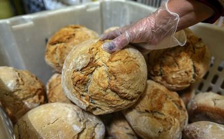Redução de sal no pão vai fazer com que cada português consuma menos meia grama por dia