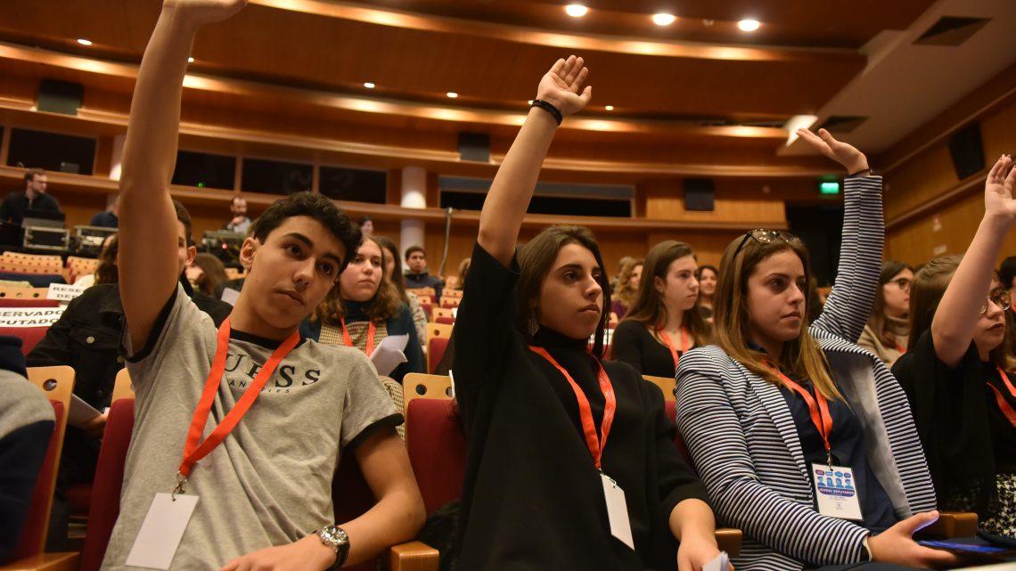 Jovens Deputados de Leiria apresentam planos para um futuro