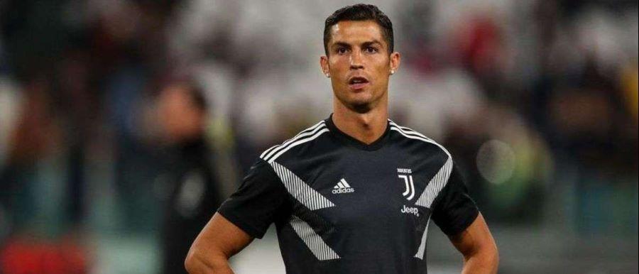 """""""Estou a contar encontrar-te em breve no campo, Chris! Força"""", escreve Ronaldo"""