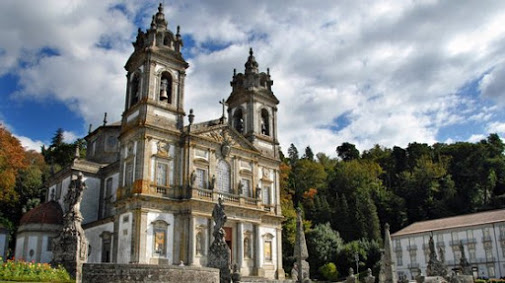 """Bar que """"ameaça"""" Património Mundial no Bom Jesus em Braga vai ser demolido"""
