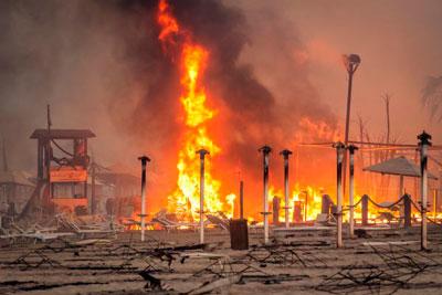 Incêndios florestais na Sicília obrigam à retirada por mar de cerca de 150 pessoas