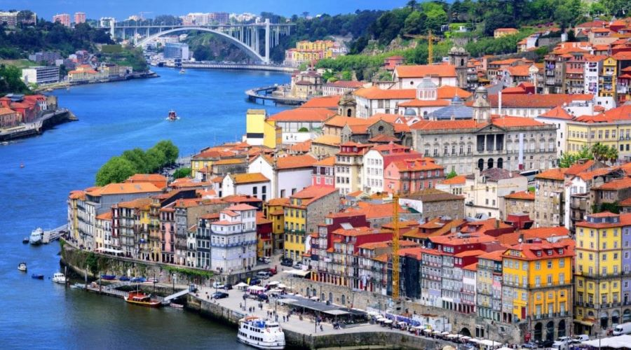 Autarcas do Porto, Valongo e Maia vincam necessidade de um heliporto no Hospital de S. João