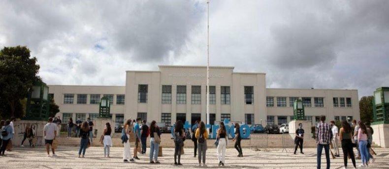 """Universidades portuguesas """"totalmente disponíveis"""" para receber estudantes"""