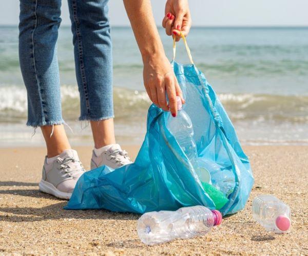 Milhares de voluntários vão limpar praias portuguesas no sábado