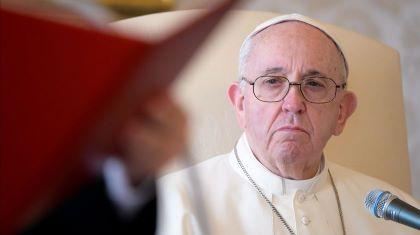 Papa apela a governos para acabar com pornografia infantil