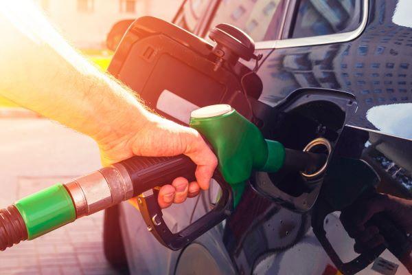 Revendedores de combustíveis dizem que limitação de margens desvia atenção da carga fiscal