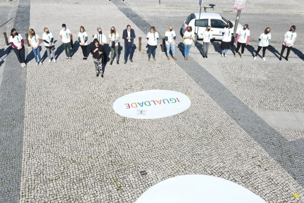 """Hoje, 26 de outubro """"Flash mob da Igualdade"""" realizou-se em Cantanhede"""