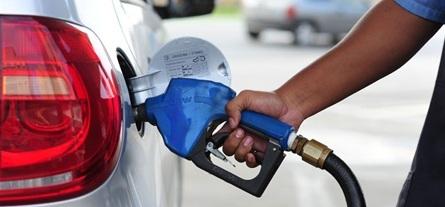 Gasolina sobe pela oitava semana consecutiva