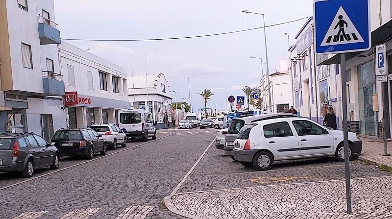 Portimão | Câmara de Portimão quer ter de volta o estacionamento público
