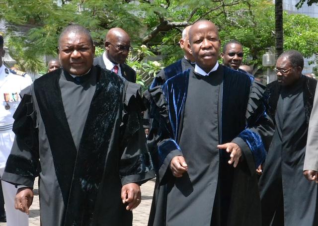Mundo | Presidente Nyusi mantém Adelino Muchanga no comando do Tribunal Supremo de Moçambique