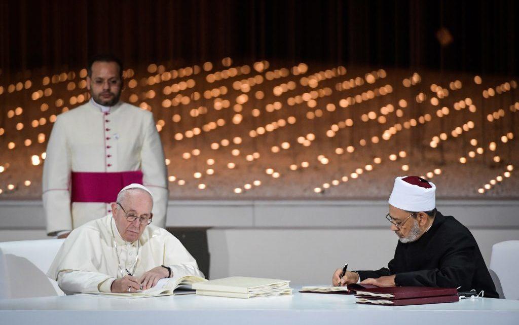 """Religião   """"Traição ao Evangelho"""""""