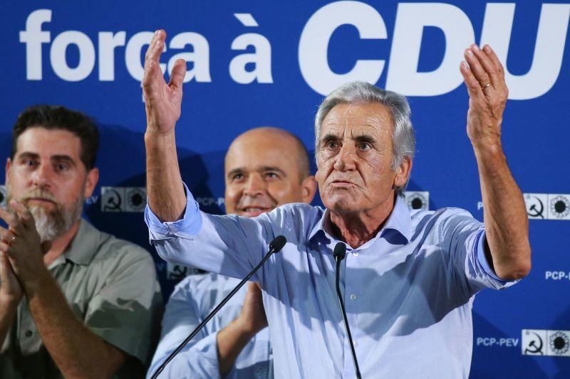 """Eleições: Líder do PCP acusa PS de querer maioria absoluta para se livrar de """"empecilhos"""""""