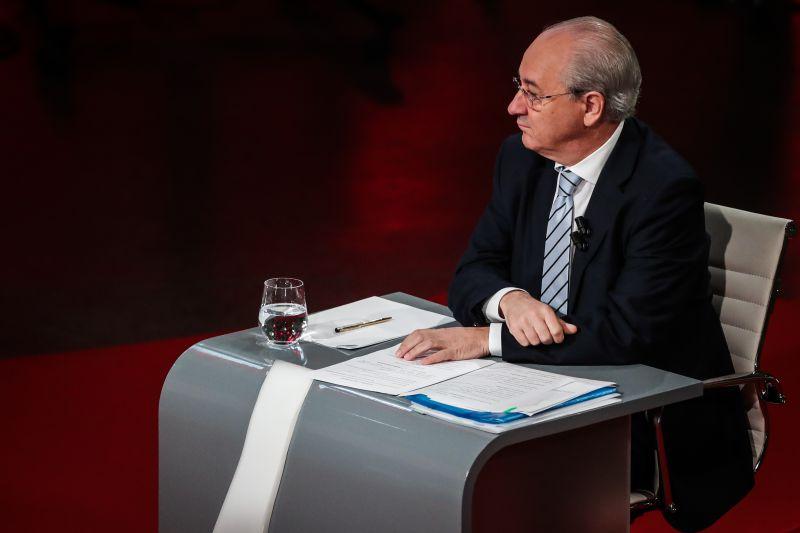 """Legislativas: Rio acusa PS de se comportar como """"dono disto tudo"""", Costa recusa lições de ética do PSD"""