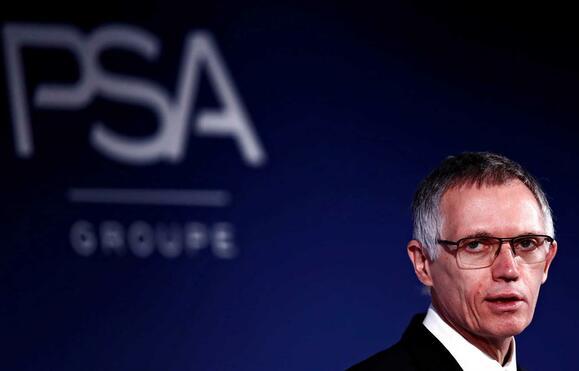 Negócios | PSA Peugeot e Fiat Chrysler acordam fusão para criar nova empresa