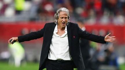 """Marcelo vai condecorar Jorge Jesus """"pelo prestígio que o seu trabalho como treinador lhe granjeou, bem como a Portugal"""""""