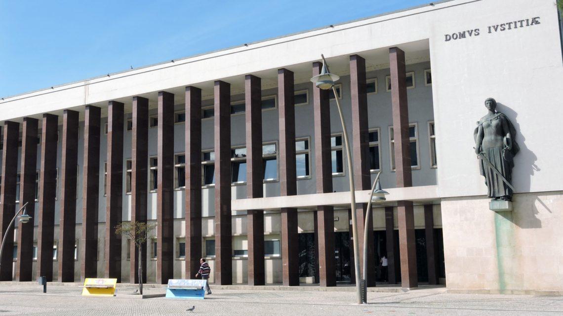 Covid-19 / Tribunais: Comarca de Aveiro reduzida a serviços urgentes