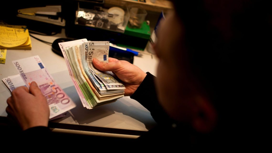 Função pública começa hoje a receber aumentos salariais com retroativos