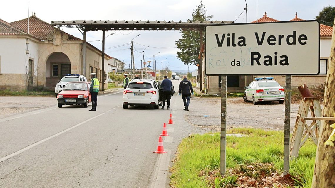 Comerciantes da raia contam os dias à espera da abertura da fronteira em Chaves