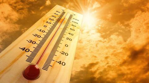 Treze distritos do continente sob aviso amarelo devido ao tempo quente
