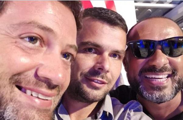 Santos & Pecadores demarcam-se de Olavo Bilac contra quem decorre processo judicial