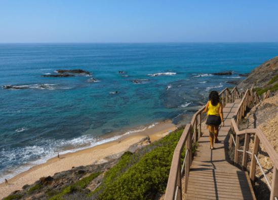 GNR identificou 58 situações de campismo e caravanismo ilegal na costa vicentina este sábado
