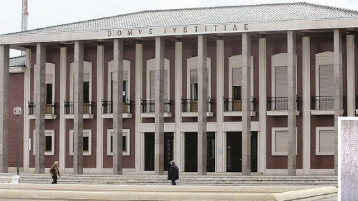Professora de Vagos que matou filho recém-nascido, julgada novamente