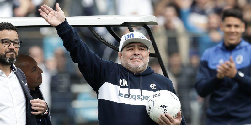 Morreu Diego Armando Maradona, lenda do futebol mundial