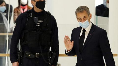 Processo por corrupção do ex-PR francês Nicolas Sarkozy é retomado hoje