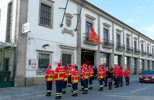 Bombeiros de Viana encontram carteira com 1.200 euros e devolvem-na à dona