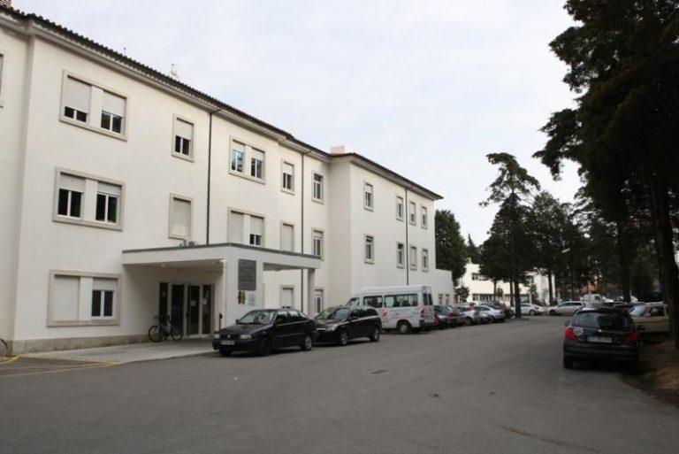 Hospital de Cantanhede com quatro profissionais e oito doentes infetados
