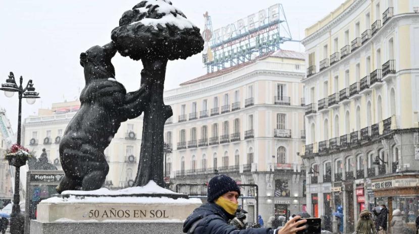"""Tempestade """"Filomena"""" cobre de neve grande parte de Espanha"""
