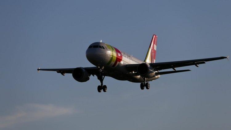 Já chegou a Portugal o voo de repatriamento com 300 passageiros oriundos do Brasil