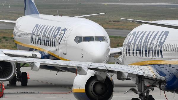 Tribunal do Trabalho considera ilícito despedimento de tripulantes da Ryanair em Lisboa