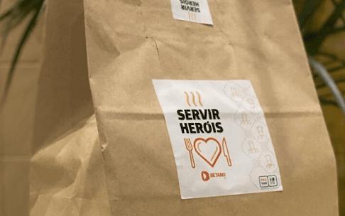 """""""Servir heróis"""" Restaurantes servem refeições a trabalhadores dos hospitais"""
