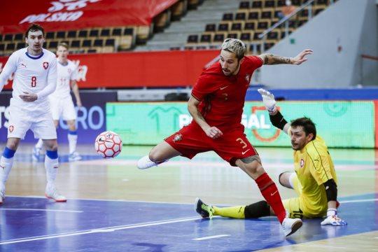 Portugal empata com República Checa no apuramento para o Europeu de futsal