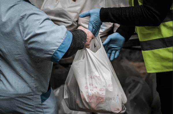 """Impacto da pandemia em imigrantes provocou """"avalanche de pedidos de ajuda"""""""