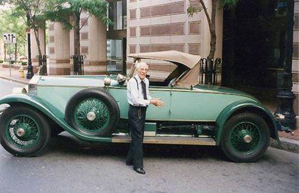 Homem conduziu o mesmo carro durante 82 anos