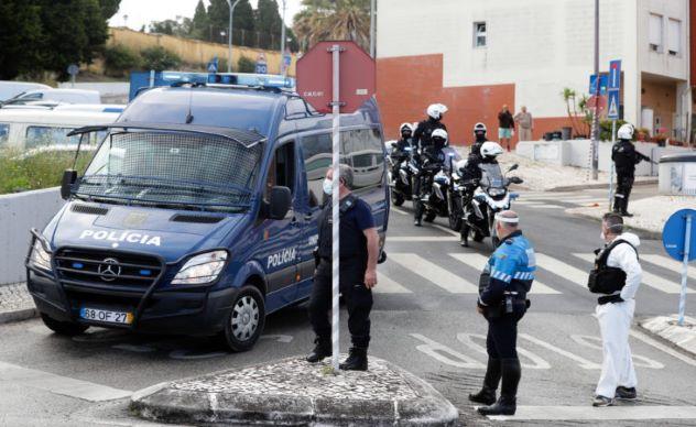 Ajuntamento de 100 pessoas na Cova da Moura, Amadora, acaba em troca de tiros com polícia