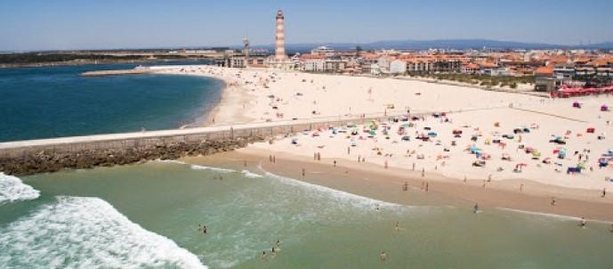 Praias do Centro de Portugal com 89 bandeiras azuis em 2021