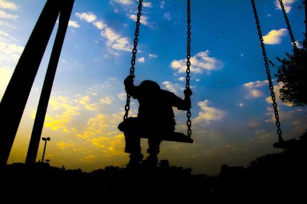 """Pandemia agravou condições de 2.700 crianças. Situações são """"graves ou muito graves"""""""