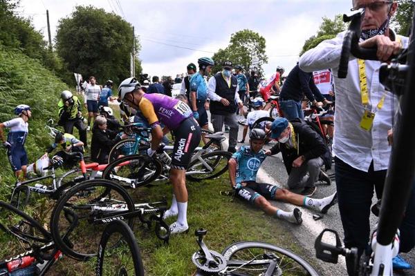 Detida espetadora que provocou queda na primeira etapa da Volta a França