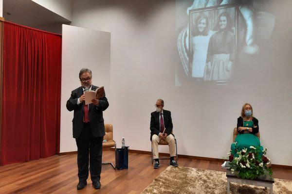 CANTANHEDE   No passado sábado, 26 de junho: DiVersos, de Isolete Pessoa, teve apresentação na Centro Paroquial de S. Pedro