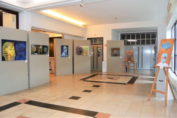 Exposição de pintura na Biblioteca Municipal de Cantanhede
