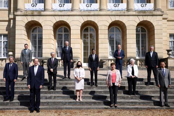 """França defende que imposto sobre empresas deve ser """"o mais alto possível"""""""
